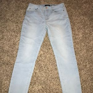 Aeropostale Light Wash Jeans